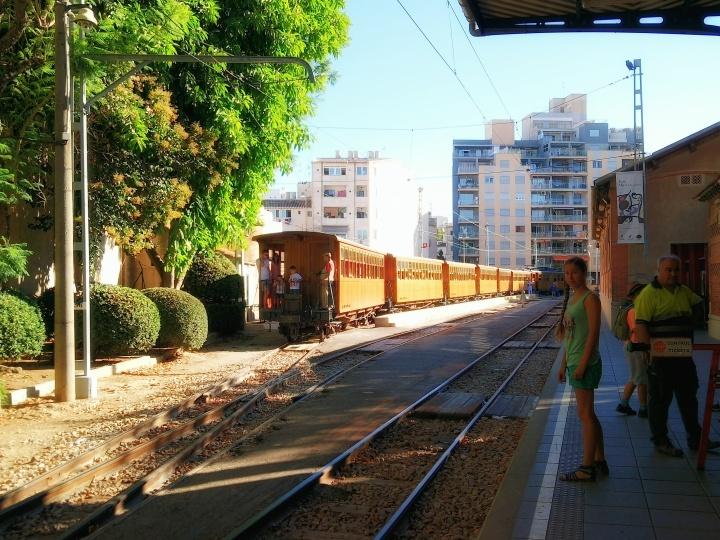stiva teo,歐洲旅行, Mallorca 小島,soller ,火車1