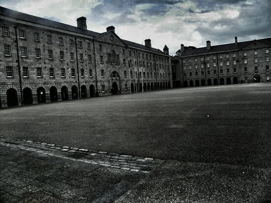 collins-barracks-01.jpeg